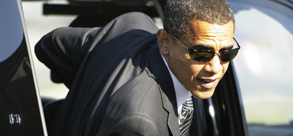 Obama looks cool in shades exiting from limo